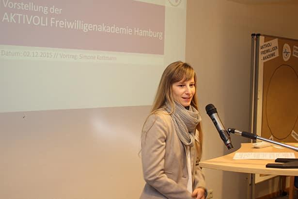 Simone Kottmann auf der Feier zum Start der AKTIVOLI Freiwilligenakademie Hamburg