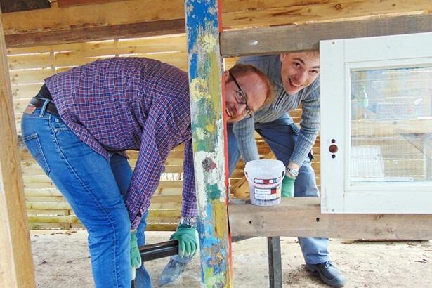 Zusammen schafft man mehr! – Sasol-Team packt im Kreativgarten Wilhelmsburg an